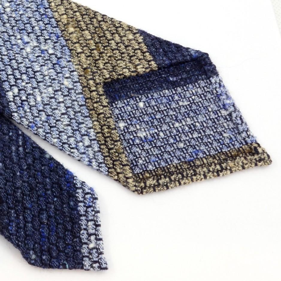 Cravate en soie shantung club bleu et beige