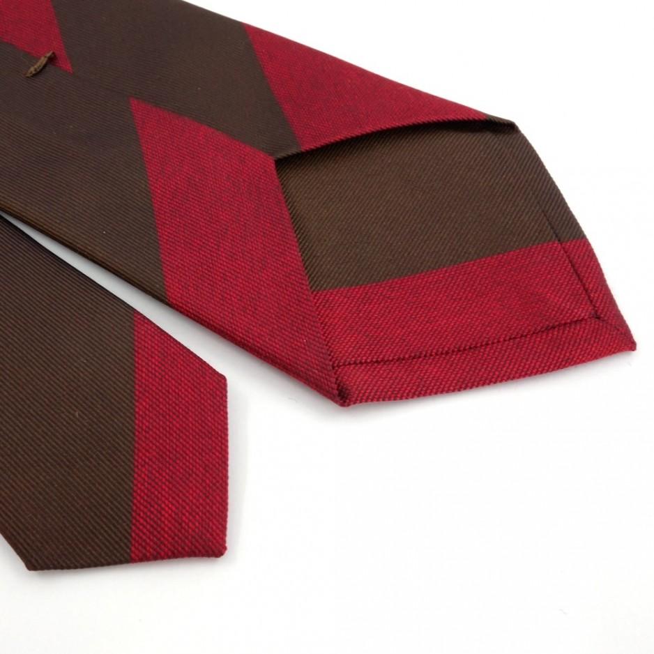 Cravate club en soie marron et rouge
