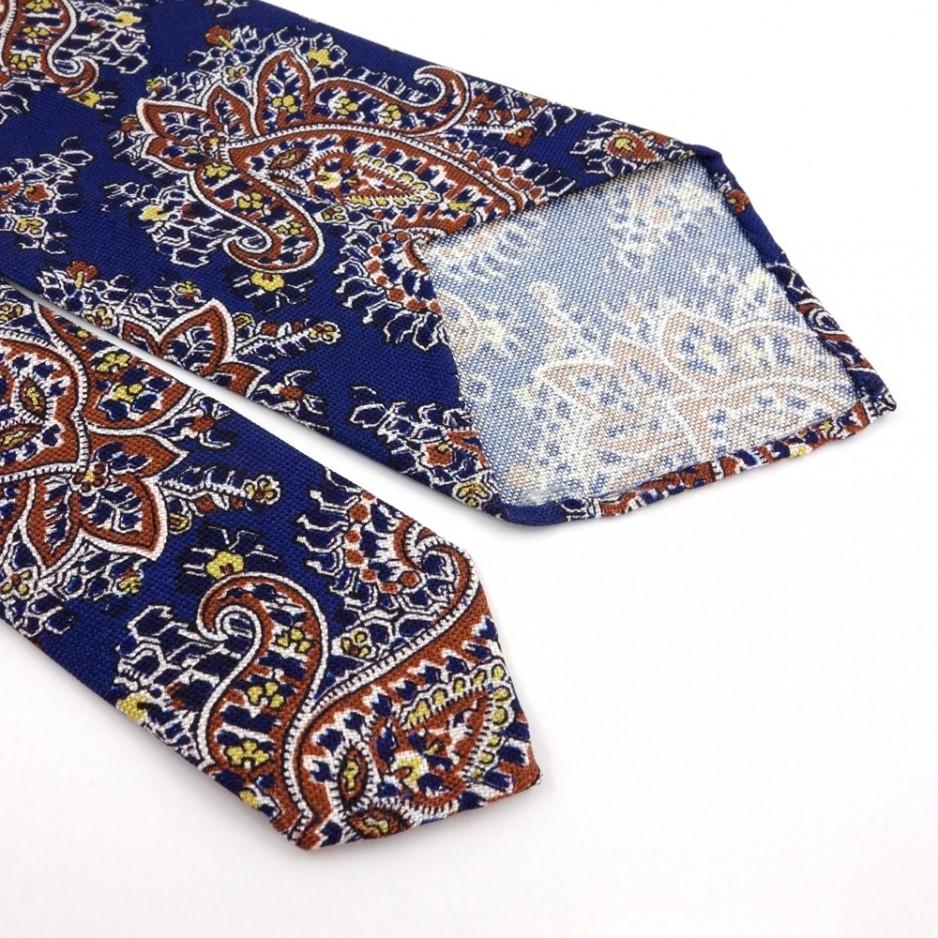 Cravate bleue à motifs Paisley