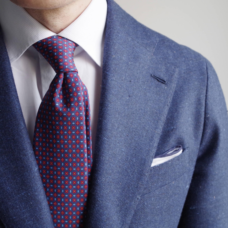cravate bleue navy en soie imprim e swann oscar. Black Bedroom Furniture Sets. Home Design Ideas
