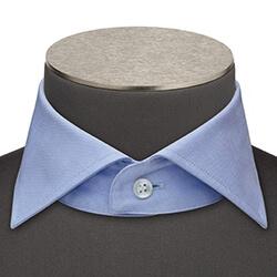 Photo d'un col de chemise à l'italienne