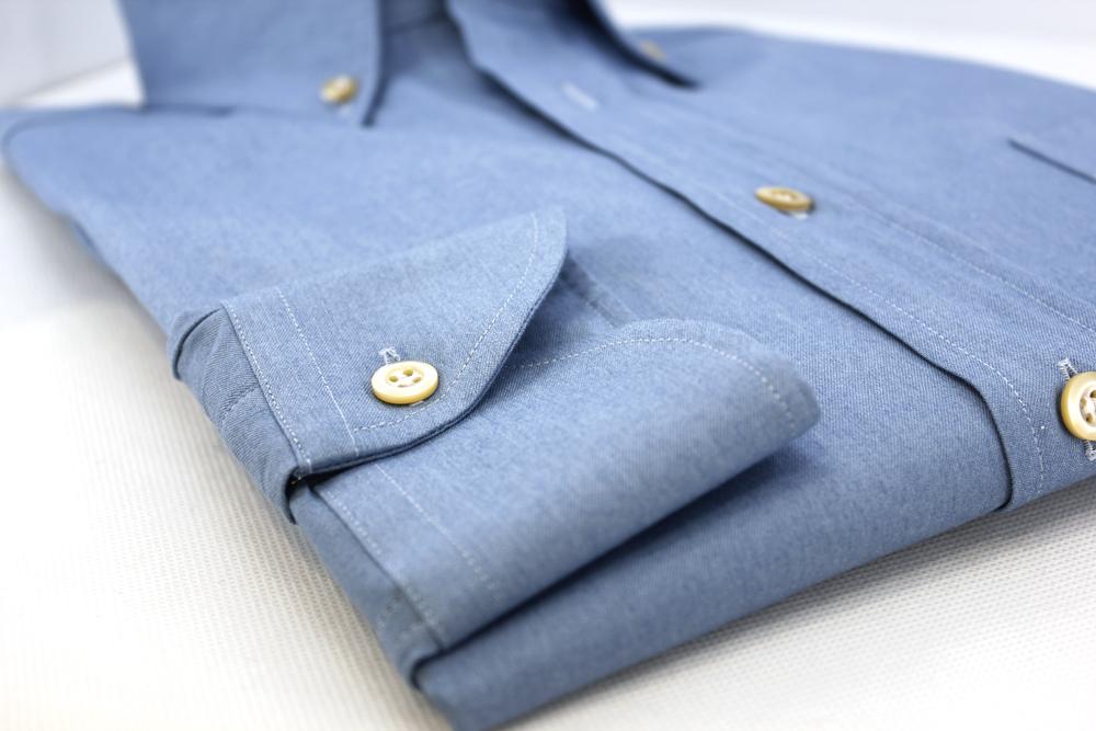 poignet demi lune chemise en jeans