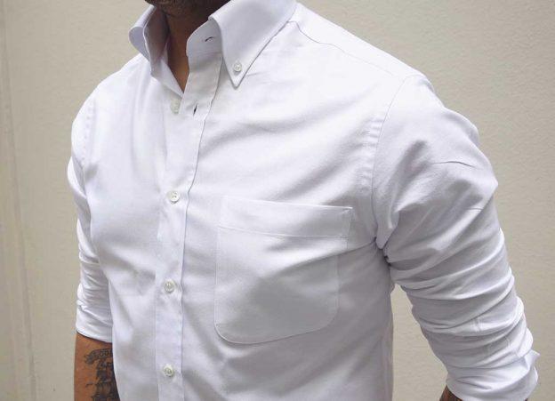 La chemise oxford : un basique du dressing masculin