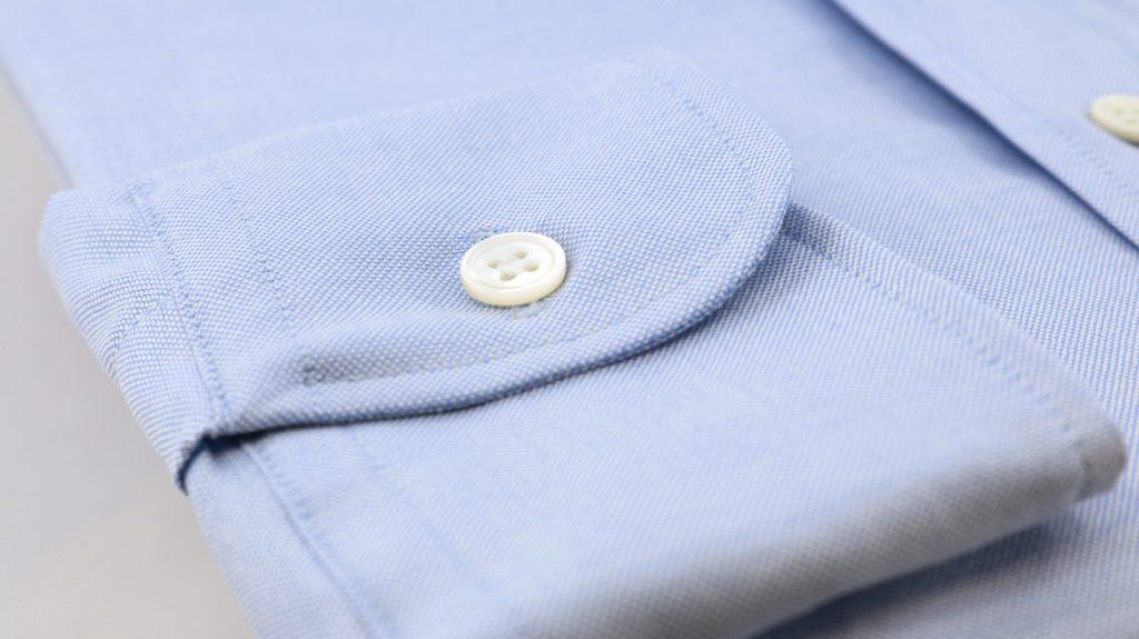 poignet-arrondi-chemise-oxford-bleu