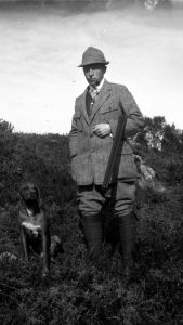 hunter-tweed-suit