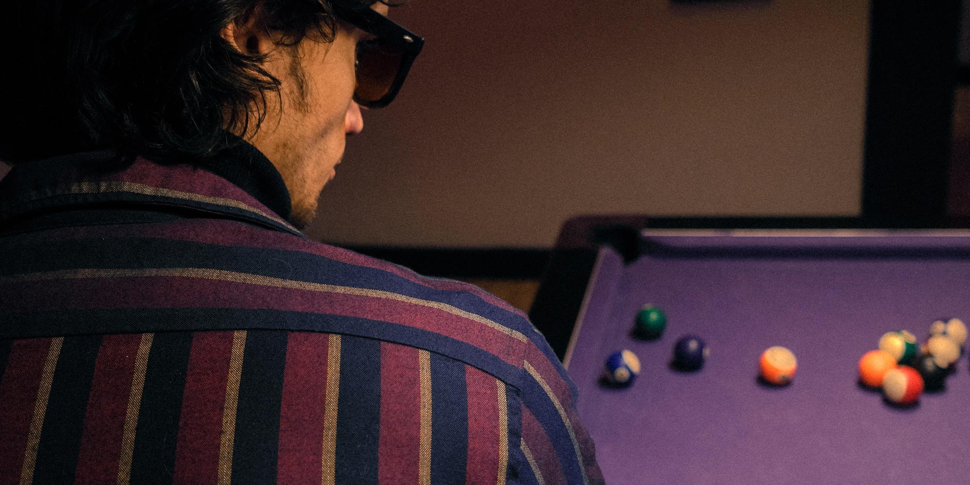 Bowling, billard, boating, la chemise week-end très casual!